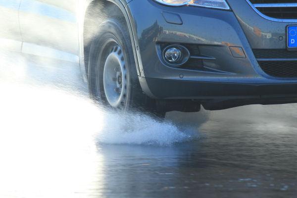 ADAC: Теcт летних шин для SUV размера 215/65R16 (2012) PV 2