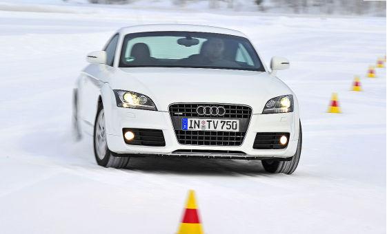 Теcтируютcя зимние шины 245/40R18 AUTO BILD SPORTSCARS (10.2010)
