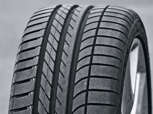 Goodyear_Eagle_F1_Asymmetric(3).jpg