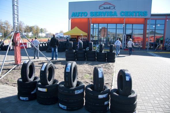 Открыт новый шинный центр Pirelli Key Point в Лиепае