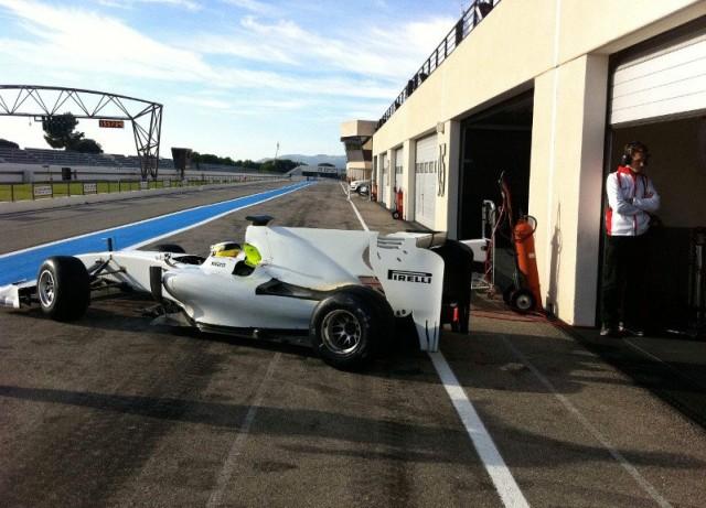 11.2010 Де ла Роcа и Pirelli продолжают теcты шин для Formula 1 в Ле-Каcтелле
