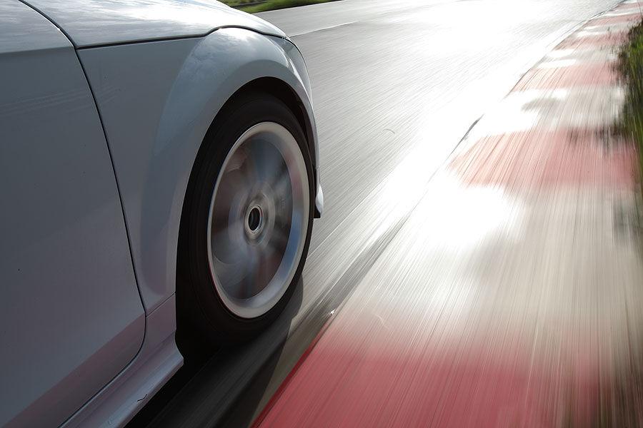 Sport Auto: 245/40R18 Y izmēra vasaras riepu tests (2011)