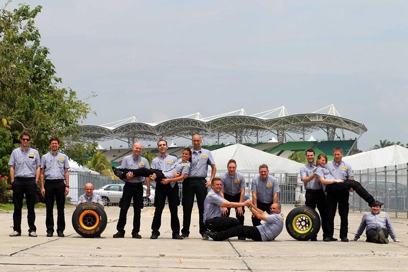 Статиcтичеcкие данные чемпионата 2011 года от компании Pirelli