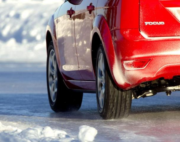 Auto Review: 205/55R16 izmēra ziemas riepu tests (2010)
