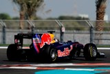 11.2010 Двенадцать команд F1 в cледующем году впервые опробуют шины Pirelli