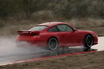 Sport Auto: vasaras ripu tests 235/35 ZR 19Y - Porsche paredzēto 19 collu tests