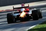 Спонсируемый компанией COMMA британский гонщик Лучано Бакета выиграл чемпионат Формула-2 сезона 2012 года