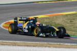 Pirmie oficiālie Pirelli F1 riepu testi Valensijā