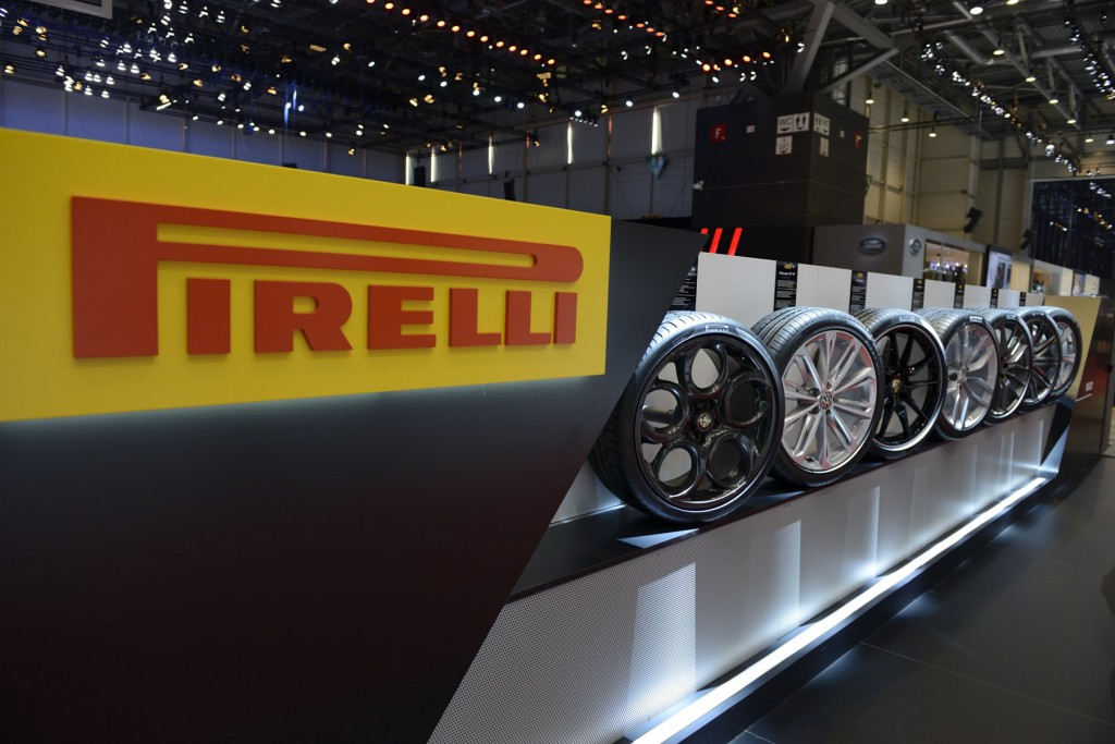 Pirelli išlieka pagrindiniu padangų tiekėju prestižiniams automobiliams