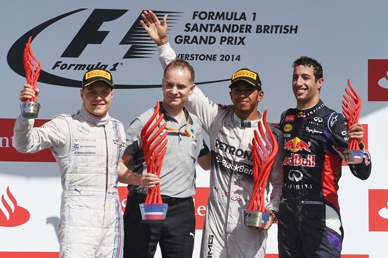 Льюис Хэмилтон выиграл Гран При Великобритании
