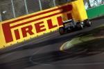 Kimi Raikonenas nugalėjo Australijos grand-prix po dviejų pit – stopų
