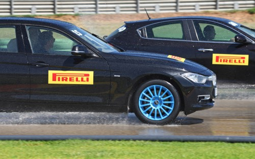 pirelli-bmw-320d-side-tire-test