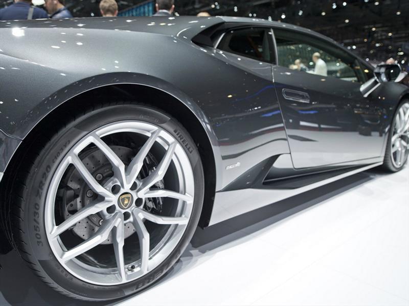 Pirelli atšventė du tūkstančius homologacijų automobilių salone Frankfurte